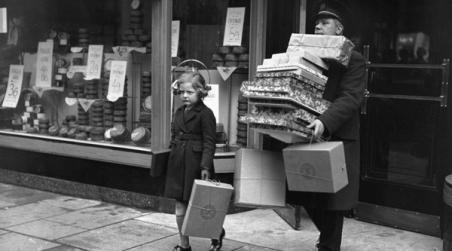 A vintage shopping photo